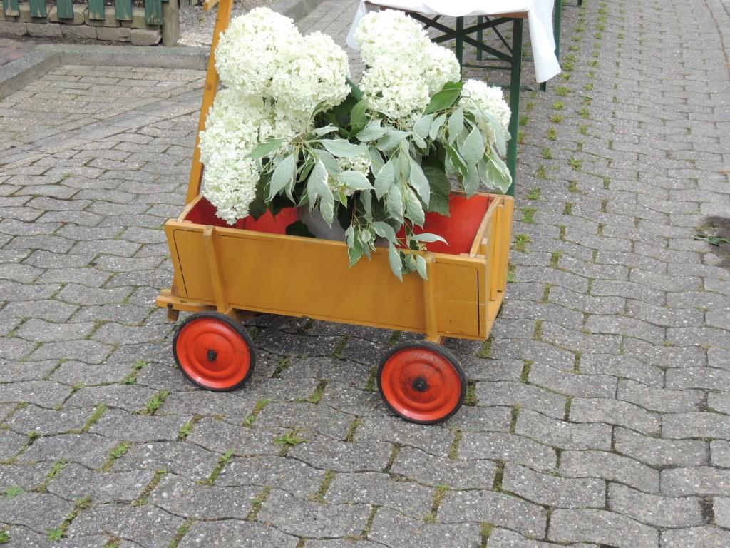 2015-07-26-blumenwagen-klein