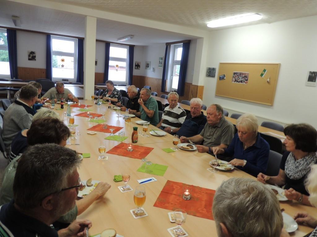 2015-08-27-moijmoakers-grillen-mit-frauen (3)